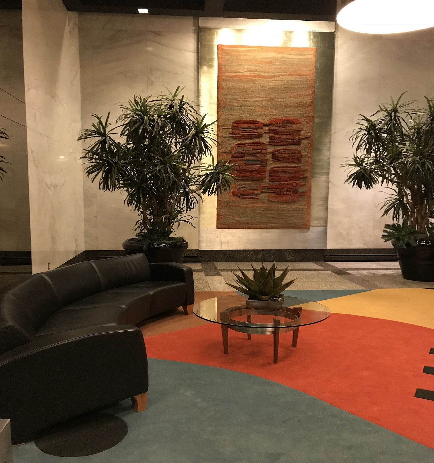 33 Harbour Square Lobby